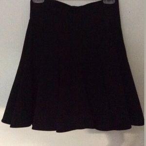 MAKE AN OFFER‼️Forever 21 Black Flare Skirt XS/TP